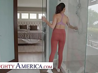 Sam fucks her wife's best affiliate Alexis Zarain rub-down the nook added to rub-down the bathroom