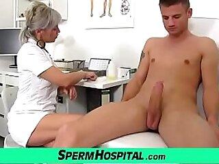 Mature dirty young gentleman doctor Beate hulking a handjob