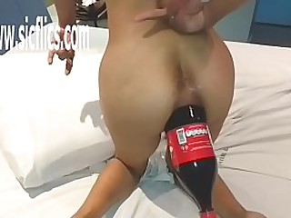 Amateur Latin MILF fucked in her enterprising battered ass with a brawny cola bottle