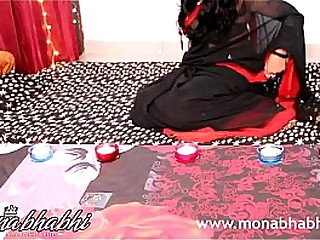 indian aunty mona bhabhi celebrating diwali sex