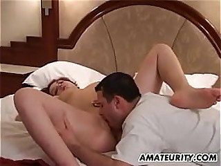 Homemade hardcore operation with unskilled girlfriend & facial in will not hear of bedchamber