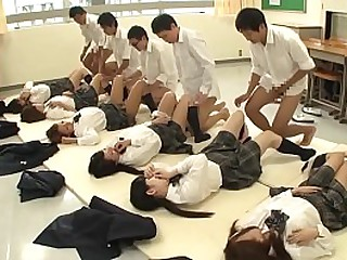 JAV synchronized schoolgirl monk mating led by teacher